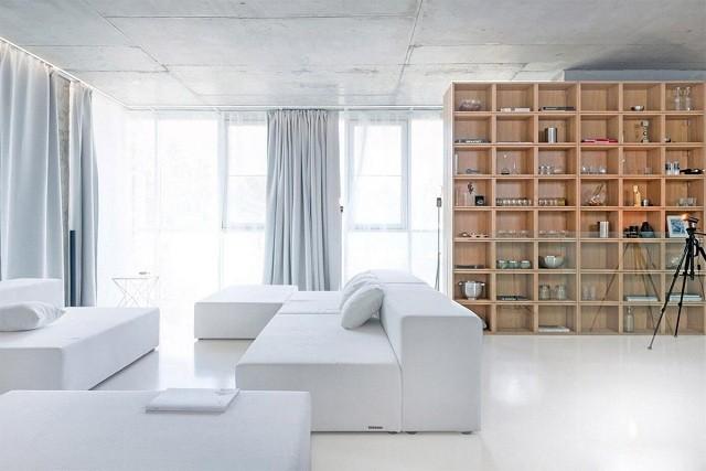 trang trí phòng khách màu trắng 8