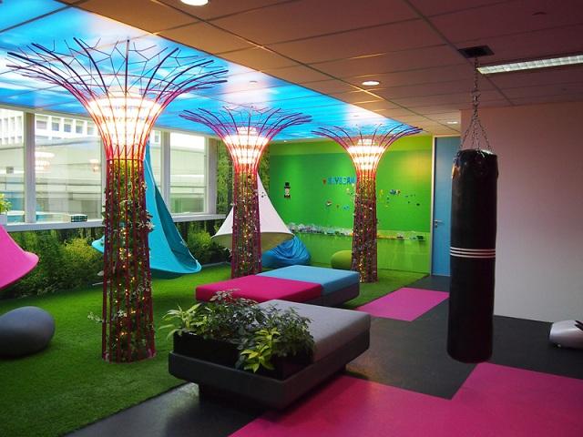 Thiết kế nội thất văn phòng đẹp giúp gia tăng hiệu suất làm việc của nhân viên
