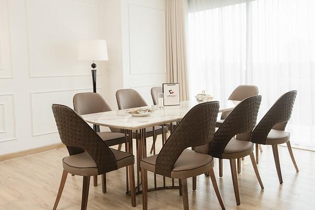 Bàn ăn chung cư 8 ghế