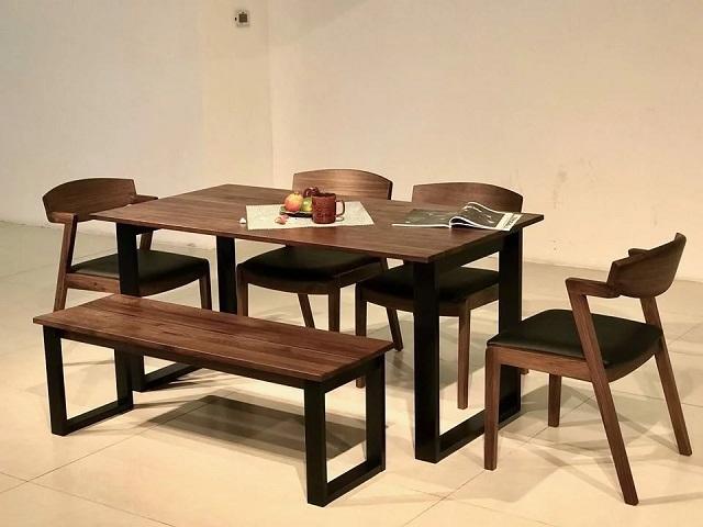 bàn ăn chung cư làm bằng gỗ óc chó