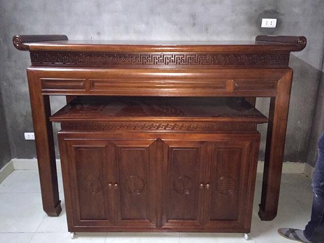 Bàn thờ chung cư gỗ Hương