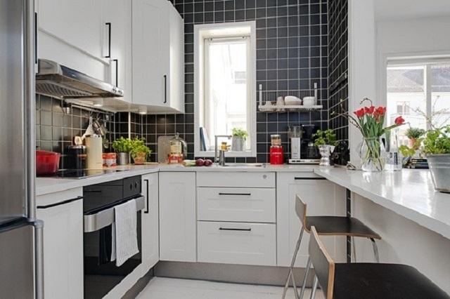 Không gian bếp nhỏ xinh nhưng vẫn thoáng đãng, tiện nghi