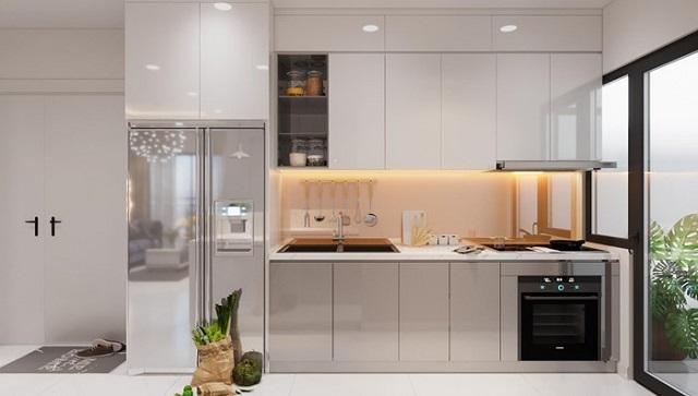 Tủ bếp với tone màu trắng kèm xám làm không gian bếp trở nên hiện đại, tinh tế hơn