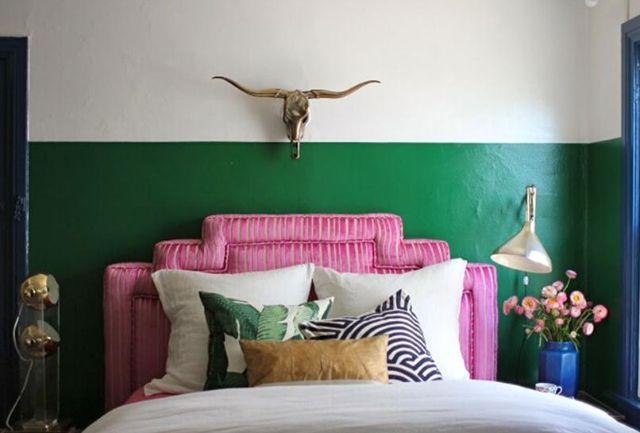 Biến hóa phòng ngủ thành tường hai màu