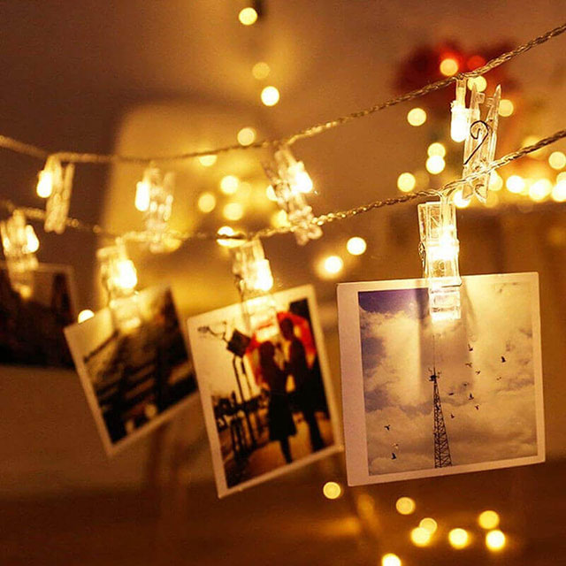 đèn nhấp nháy kèm những bức ảnh