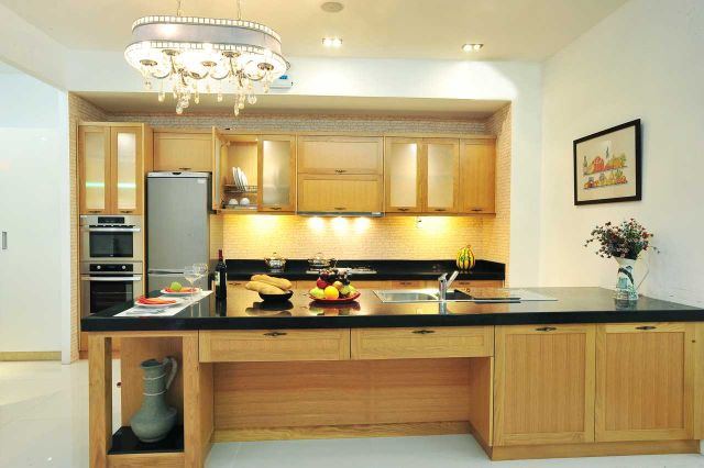 mẫu nội thất gỗ sồi phòng bếp 1