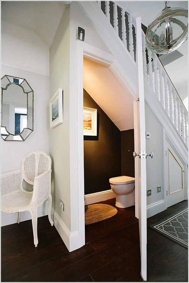 mẫu thiết kế nhà vệ sinh dưới gầm cầu thang 3