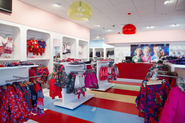 Mẫu thiết kế shop quần áo trẻ em 5