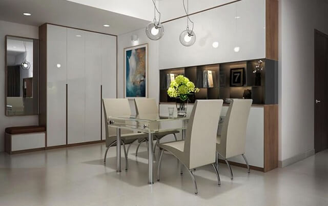 Phòng ăn tuy không lớn nhưng đồ đạc được sắp xếp rất tiện dụng.